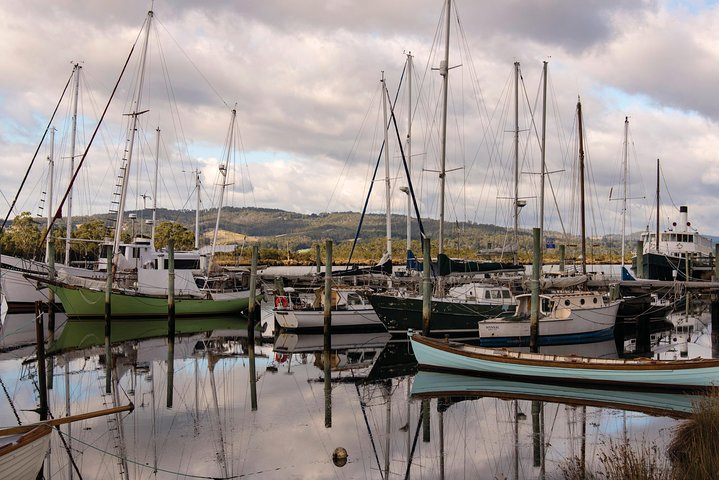 Hastings Caves and Tahune Day Tour from Hobart with Mount Wellington, Hobart, AUSTRALIA