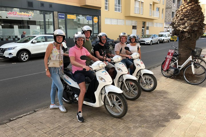 Alquiler de scooters 125c.c., Fuerteventura, Spain