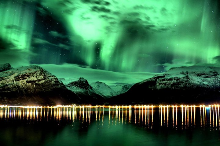Small Group up to 8 people Aurora Borealis - Northern lights - Night Tour., Tromso, NORUEGA