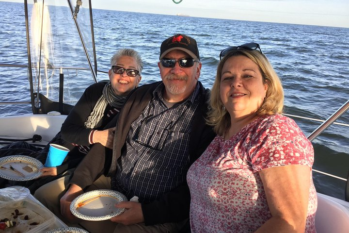 Enjoy A Beautiful Day With Mother Nature Cruises, Washington DC, ESTADOS UNIDOS