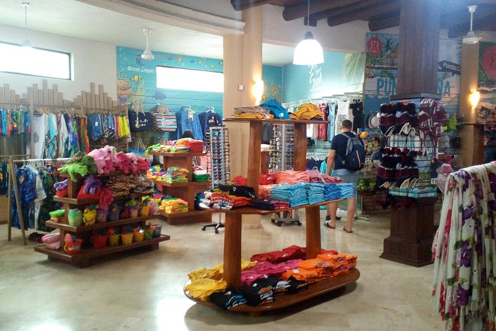 Tour de compras guiado (fábrica de cigarros y chocolate, souvenirs, ron, café), Punta de Cana, REPUBLICA DOMINICANA