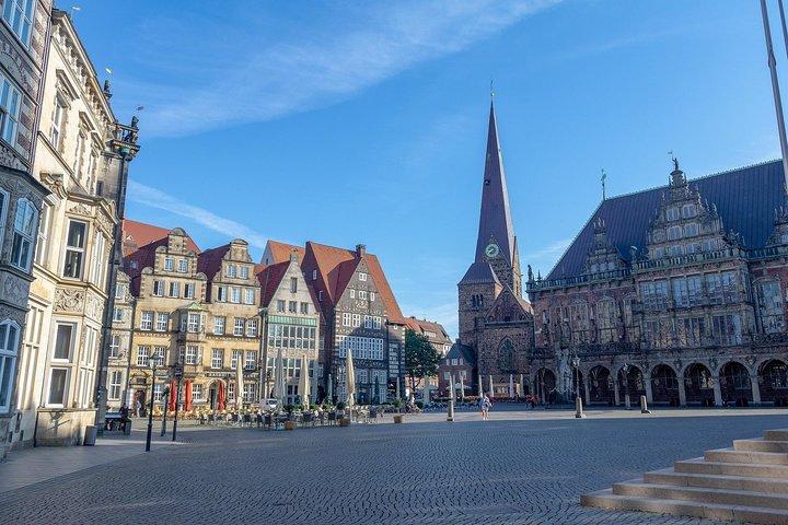 Private Airport Transfer: from Bremen to Bremen Airport (BRE), Bremen, Alemanha
