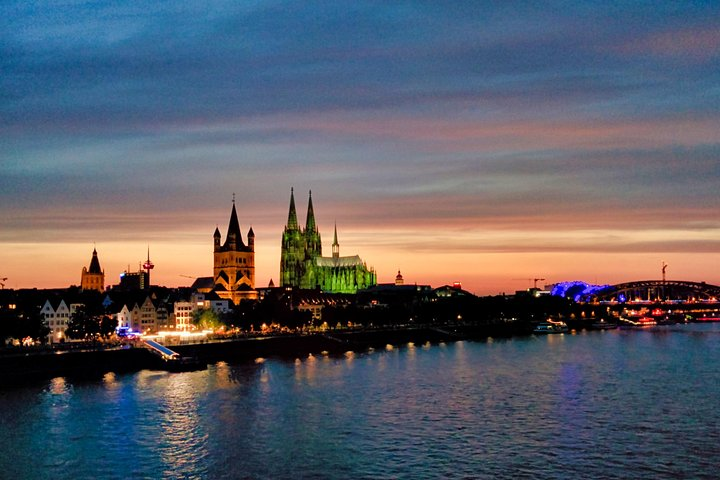 Private Airport Transfer: from Cologne to Cologne Bonn Airport (CGN), Colonia, ALEMANIA