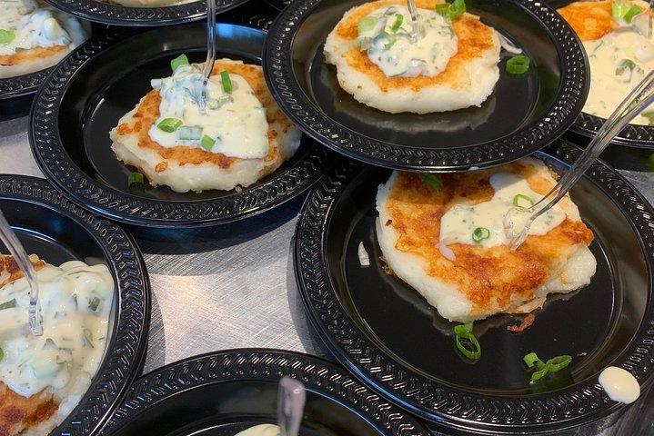 Cincinnati's Original Findlay Market Tour With Tastings, Cincinnati, OH, ESTADOS UNIDOS