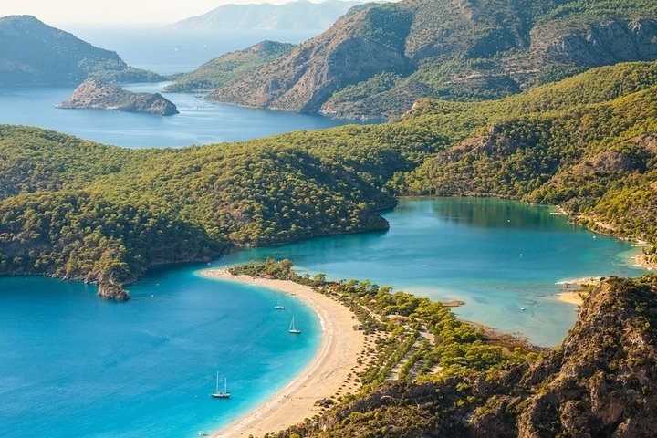 Sunset Cruise with Live Music and Dinner, Fethiye, TURQUIA