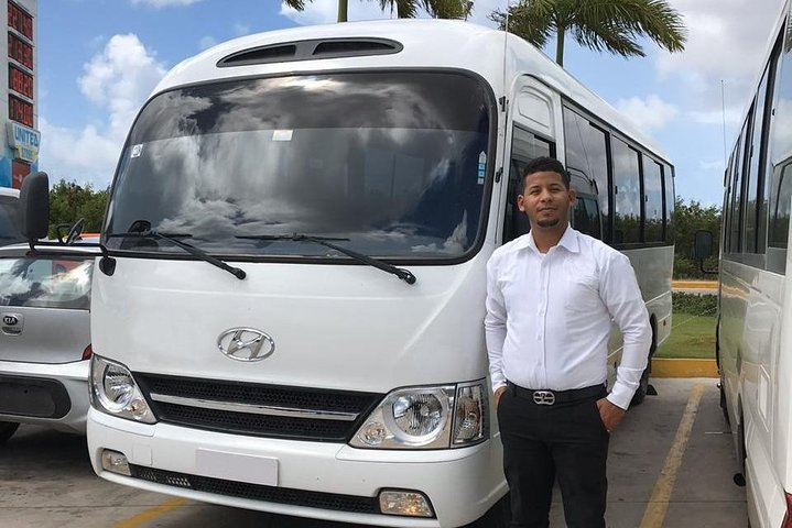 Oasis Transfers Vacations, ,