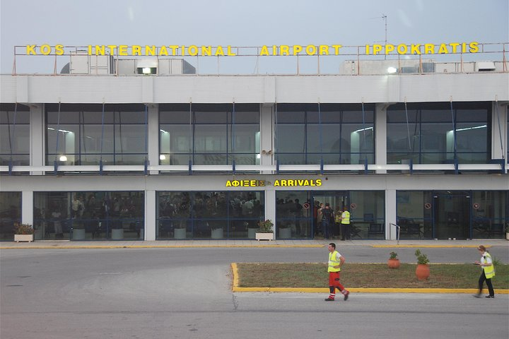 Departure transfer to Kos Airport, Cos, Grécia