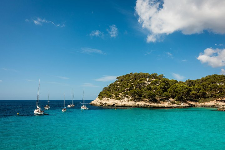 Private Airport Transfer: from Ciutadella de Menorca to Menorca Airport (MAH), Menorca, Espanha