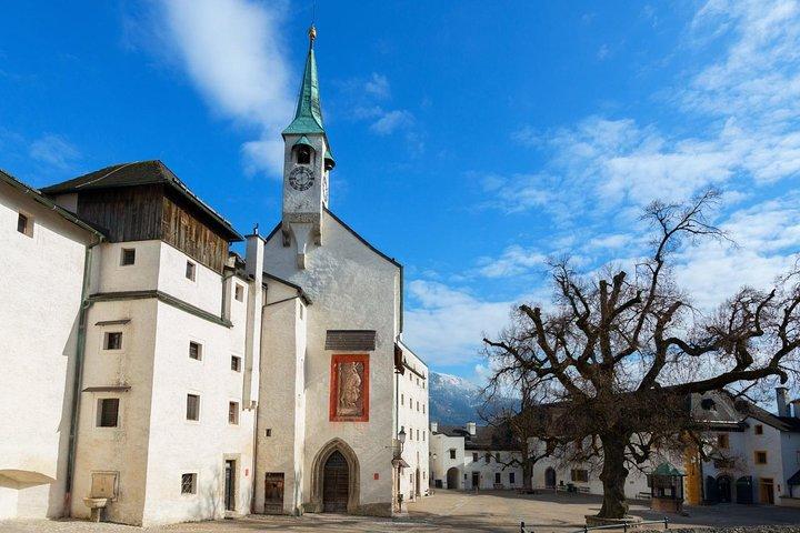 Scenic transfer from Salzburg to Prague with 4 hours stop in Hallstatt, Salzburgo, AUSTRIA