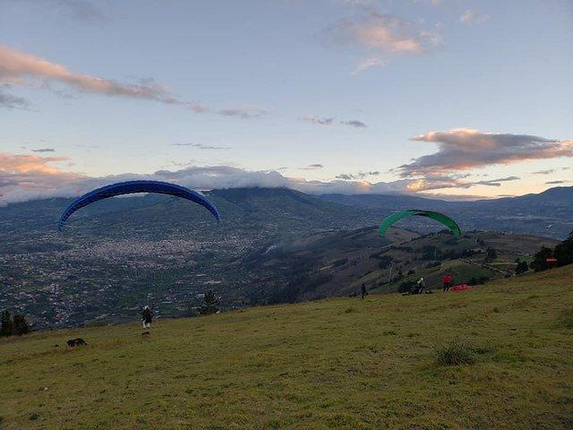 Parapente - Paragliding, Baños, ECUADOR