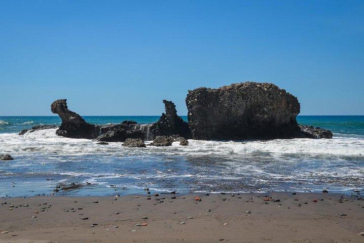 Taxi hacia Playa el Sunzal, el Zonte y el Tunco, La Libertad, EL SALVADOR