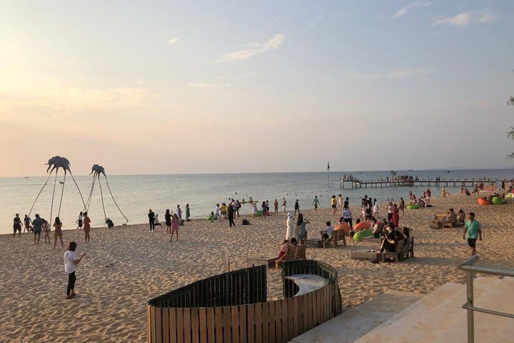 VietJeep - jeep tour for exploring the sunset and Phu Quoc by night., Phu Quoc, VIETNAM