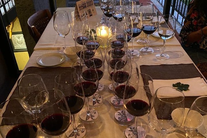 Cenando con el Enemigo, Mendoza, ARGENTINA