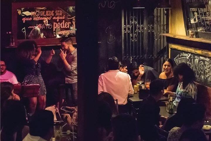 Guayaquil Night Tour with Rayuela Bar, Guayaquil, ECUADOR