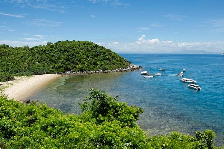 Cham Islands Full-Day Tour: Speed Boat, Lunch, Snorkeling and Beach, Hoi An, VIETNAM