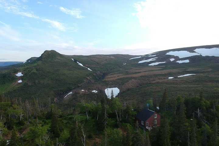 Tablelands Hut Hike, Bonne Bay, CANADA