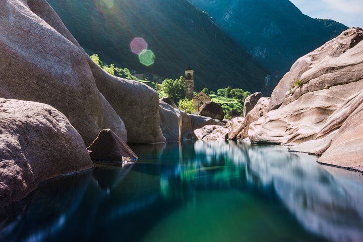 Valle Verzasca: Ascona 007 Dam & Crystal Waters Swimming, Lugano, SUIZA