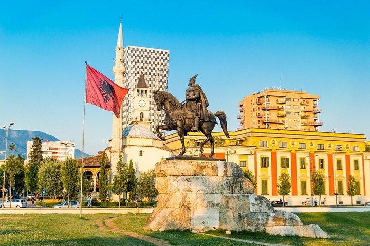 GAILY TOUR in TIRANA - Gay & Lesbian Tour, Tirana, Albânia