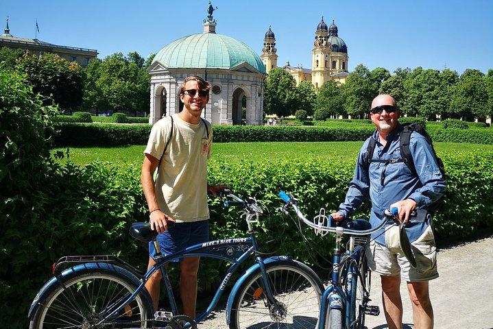 Munich Bike Tour with optional Königsplatz and Olympia Park, Munique, Alemanha