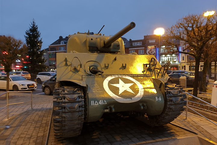 Bastogne Battle of the Bulge Private Day Tour from Lille, Lille, França