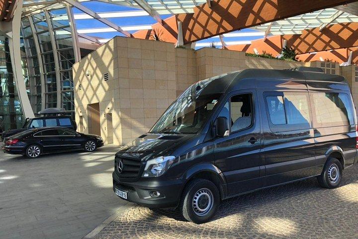 Tunis private minivan arrival & departure airport transfer to Nabeul, Tunez, Tunísia