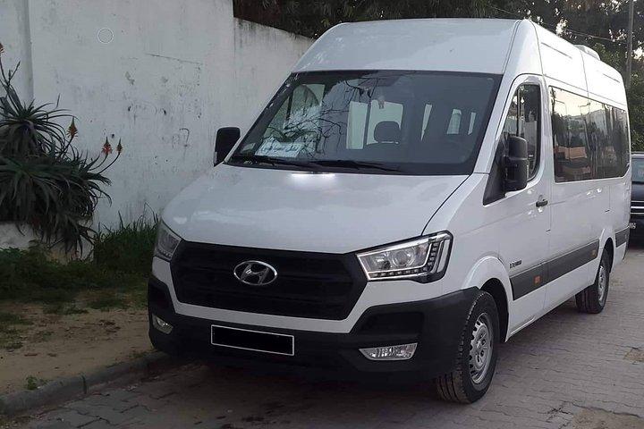 Monastir private minibus arrival & departure airport transfer to Tunis Centre, Monastir, TUNEZ