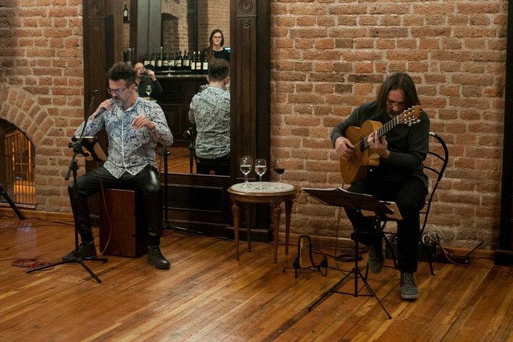 Visita a las Cavas con Show de Tango y Degustación de Vino, Mendoza, ARGENTINA