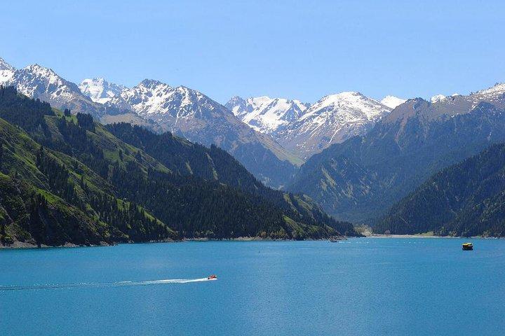 Heaven Lake Day Tour from Urumqi, Urumchi, CHINA