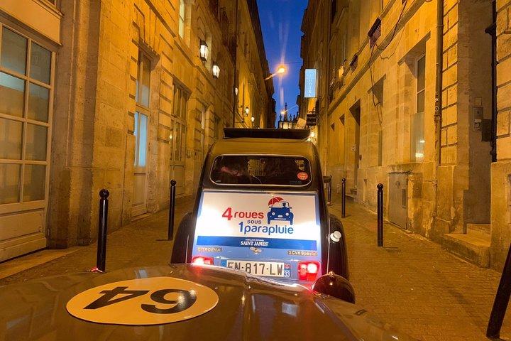 Private Tour of Bordeaux By Night in a Citroën 2CV - 1h30, Bordeaux, FRANCIA