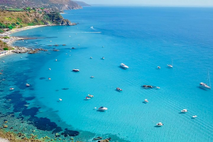 Private boat tour. Top experience from Tropea to Capo Vaticano - up to 8 people, Tropea, ITALIA