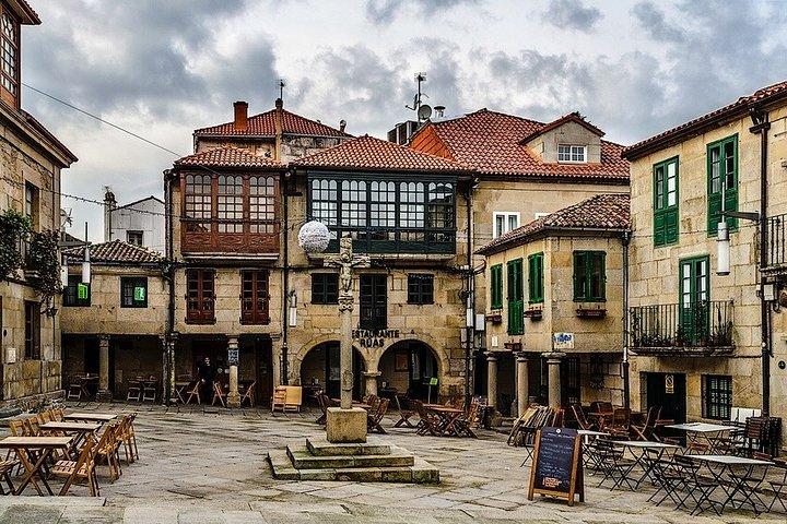Tour Monumental a pie de Mañana en Pontevedra, Vigo, ESPAÑA