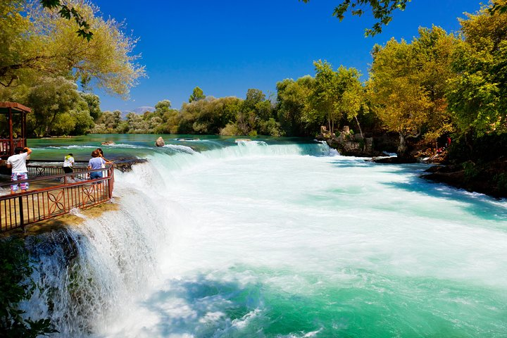 Manavgat River Cruise with Grand Bazaar from Alanya, Side, TURQUIA