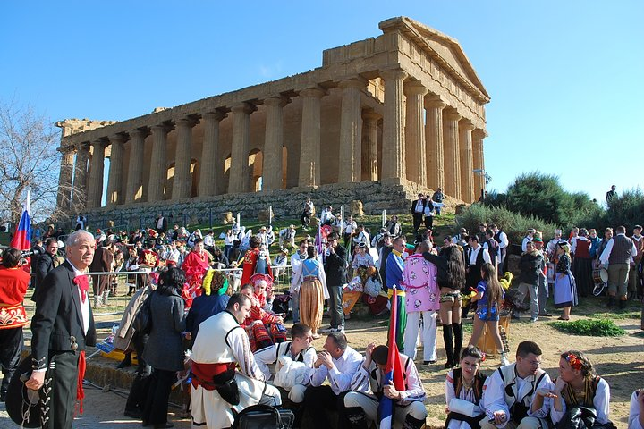 Visit Agrigento Valle dei Templi and lunch in winery included, Islas Eolias, ITALIA