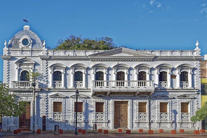 Carlos Vives shows you the Pearl of America, Santa Marta, COLOMBIA