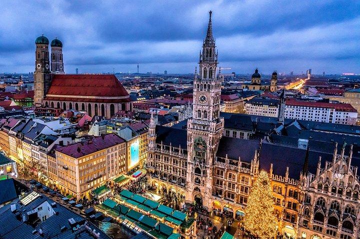 Munich Airport Transfer: Munich Airport MUC to Munich City in Luxury Van, Munich, GERMANY