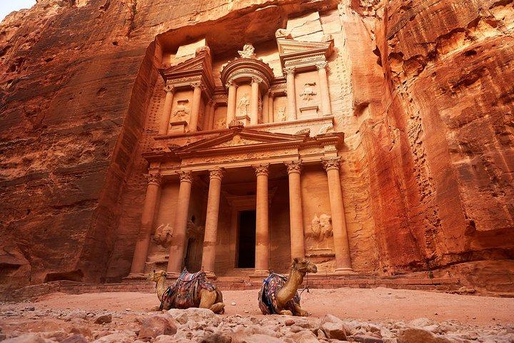 Tour de 6 Noches Lo Mejor de Jordania desde Ammán: Jerash, Mar Muerto, Petra y Wadi Rum, Aman, JORDANIA