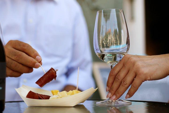 Private Dereszla Wines Tasting and Local Tapas in Tokaj, Miskolc, Hungary