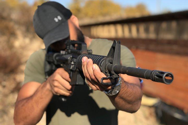 Kiev Gun Shooting Range Experience, Kiev, UCRANIA