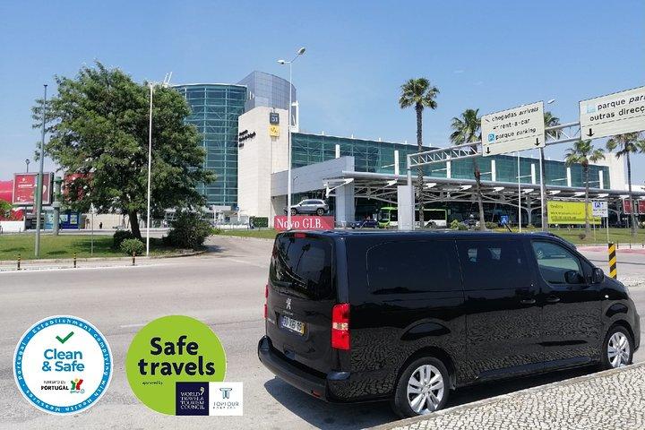 Traslado privado de ida y vuelta al aeropuerto de Lisboa, Lisboa, PORTUGAL