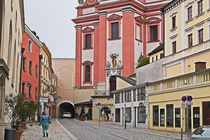 Passeio romântico em Passau, Passau, Alemanha
