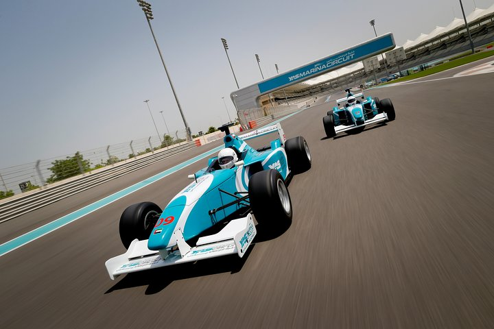 Formula Yas 3000 Driving Experience, Abu Dabi, EMIRATOS ARABES UNIDOS