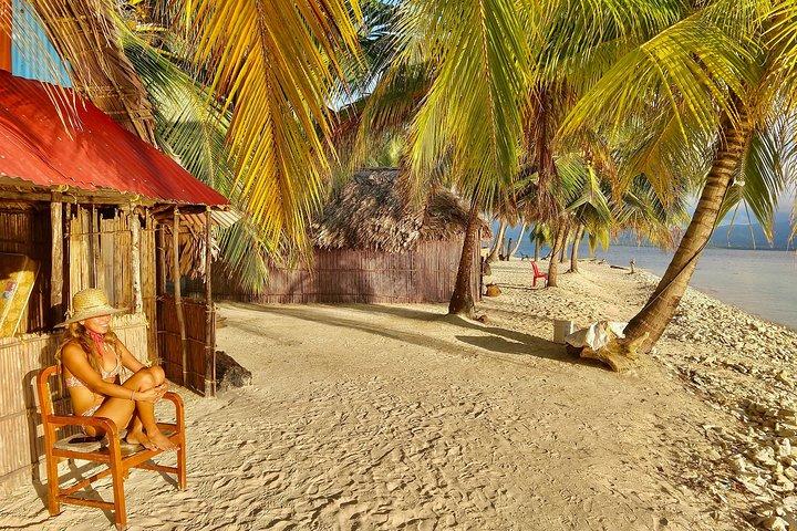 4D/3N San Blas Shipwreck Island in Prvt Cabin, Prvt Bath + Meals + Kayak + Tour, Islas San Blas, Panama