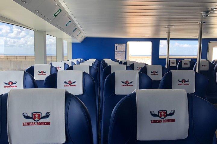 Fuerteventura: Return ferry ticket to Lanzarote with free wifi and bus pick-up, Puerto del Rosario, Espanha