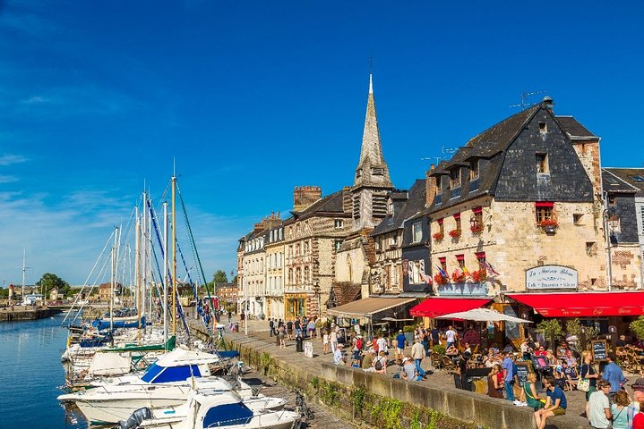 Discover the beautiful city of Honfleur private tour, El Havre, França