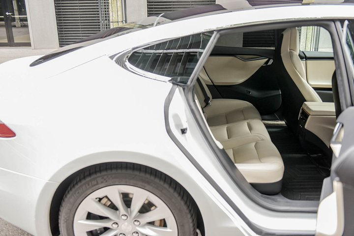 Private transfer from Leysin to Geneva Airport, ,