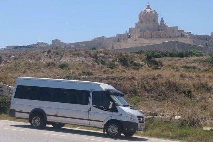 Airport transfers to all locations in Malta (Private Groups or Families), La Valeta, MALTA