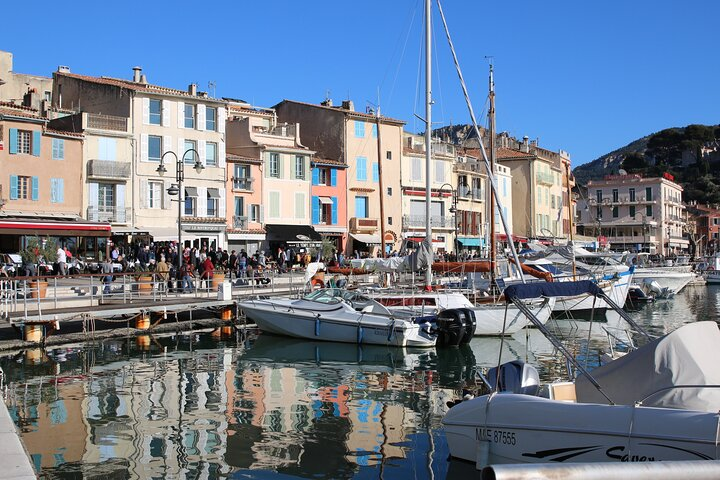 Cassis ancient fishing port, Calanques & spectacular Cap Canaille private tour, Marsella, FRANCIA