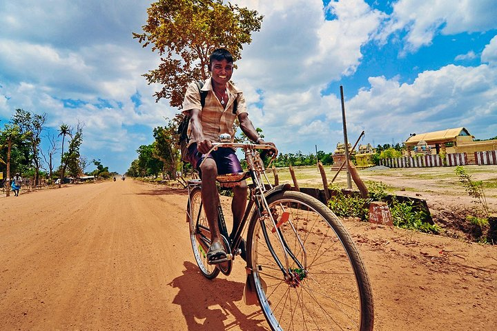 Cycling in Jaffna City, Jaffna, Sri Lanka