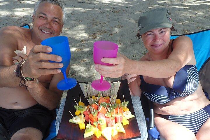 Excursión de medio día de navegación y esnórquel al atardecer, Playa Hermosa, COSTA RICA