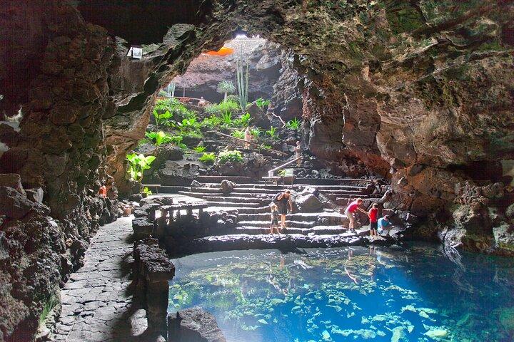Private Full Day Tour of Timanfaya, Jameos del Agua and Cueva de los Verdes, Arrecife, Espanha